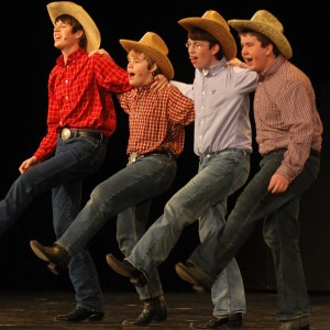 2010 Winter Musical - Footloose