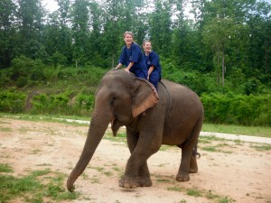 Senior Gabby Magalski Spends Summer in Thailand at Elephant Reserve.