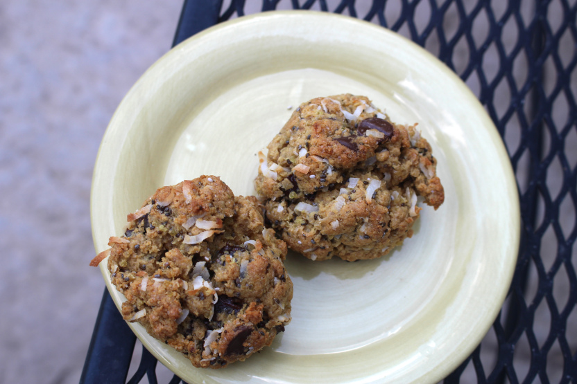 Grass Fed: Gluten Free Coconut Chocolate Chip Quinoa Cookies