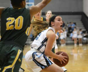 Gallery: Varsity Girls Basketball vs. Shawnee Mission South